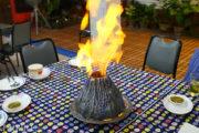【催行終了】タイ国内ではココだけ!エビの火山蒸し焼きが楽しめるレストランのサムネイル画像