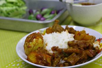 """プラカノン市場で""""ミャンマー食堂""""を食べ巡る。ちょっとした異世界グルメ旅。のサムネイル画像"""