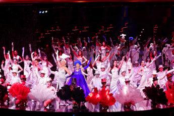 バンコク最高峰の美女ニューハーフショー 【カリプソ(Calypso)】での迫力あるショータイム!のツアー画像