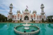 タイ深南部パッタニー県   タイでもっとも美しいモスクが建つ地のサムネイル